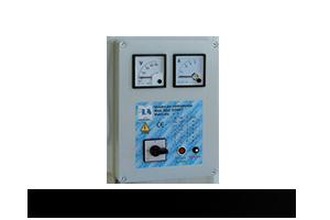 QAD1S-240P  Quadro avviatore diretto per piccole elettropompe monofase a 230 V DA 0,50HP A 3HP. Con Voltmetro/Amperometro