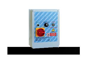QAD3-240P - Quadro avviatore diretto per piccole elettropompe monofase a 230 V DA 0,50HP A 3HP.